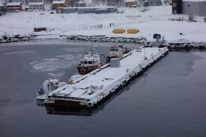 hurtigruten  フッティルーテン、個人旅行で北極圏の旅 Kirkenes/キルケネス