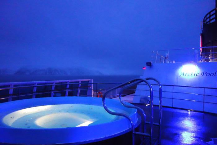 ノルウェー個人旅行、沿岸急行船・Hutigrutenフッティルーテン・