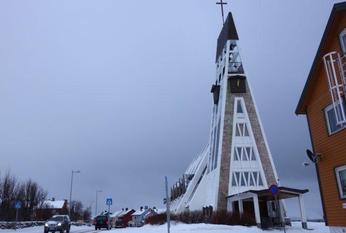 HAMMERFESTハンメルフェスト・世界最北の町の教会 hurtigruten  フッティルーテン、個人旅行で北極圏の旅 ノルウェー