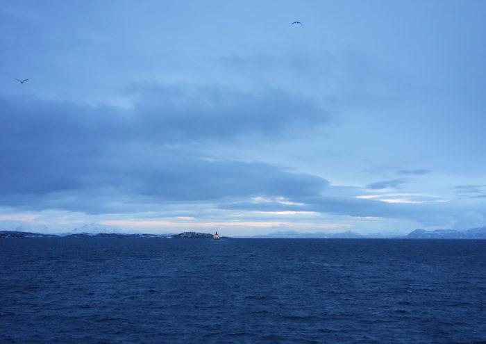 hurtigruten  フッティルーテン、個人旅行で北極圏の旅